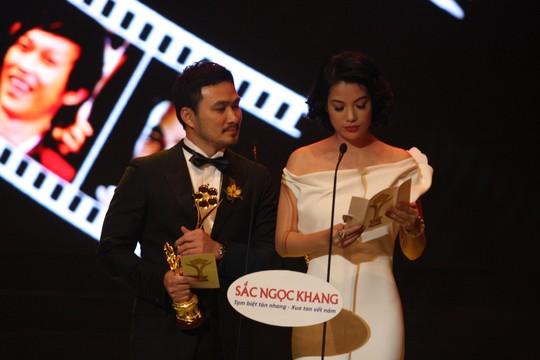 Tại Lễ trao Giải Mai Vàng 2013