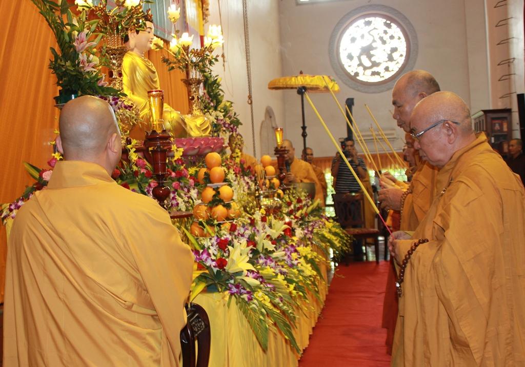 Đại lễ cầu nguyện diễn ra trang nghiêm