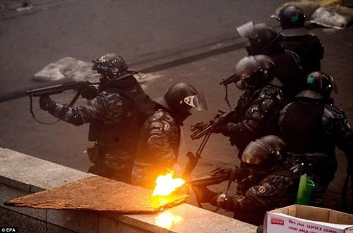 Kiev tan hoang!