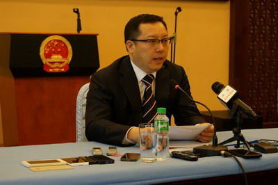 中国驻菲律宾使馆临时代办孙向阳
