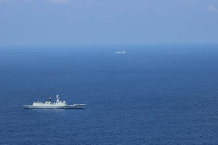 A photo of the two PLA warships taken by the MH-60 in the South China Sea region on May 5. (Photo/US Navy)