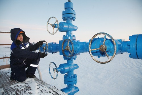 Gazprom hit daily gas withdrawal record of638.7 million cubic meters from Russian UGS facilities inFebruary