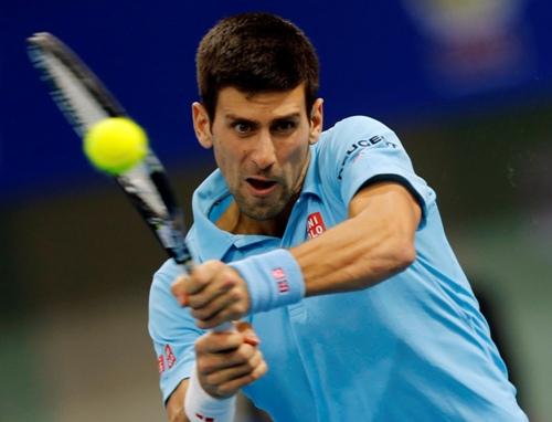 Novak Djokovic vào tứ kết sau chiến thắng nhẹ nhàng trước Stakhovsky