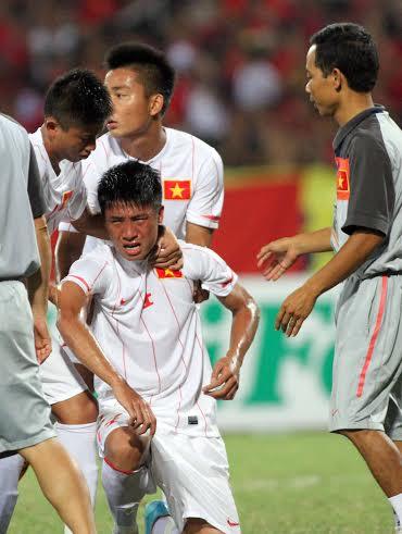 U19 Việt Nam khóc như mưa sau trận thua Nhật
