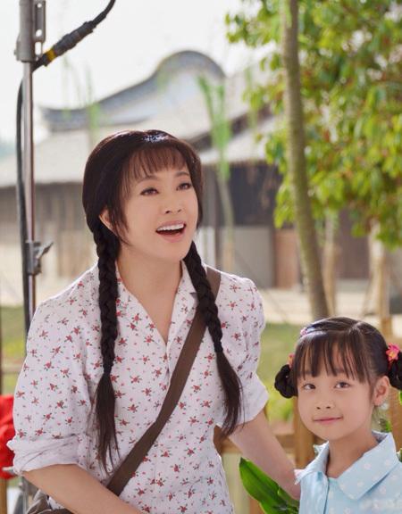 """Lưu Hiểu Khánh để lộ gương mặt kém """"long lanh"""""""