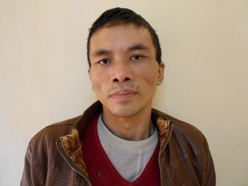 Nghi phạm Nguyễn Anh Tuấn tại cơ quan công an sau khi bị bắt giữ