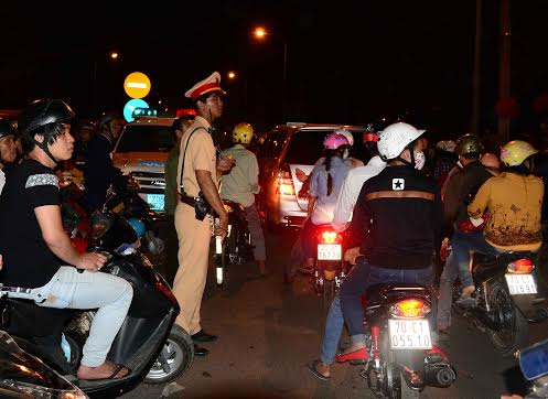 Cảnh sát giao thông cũng phải chịu thua.