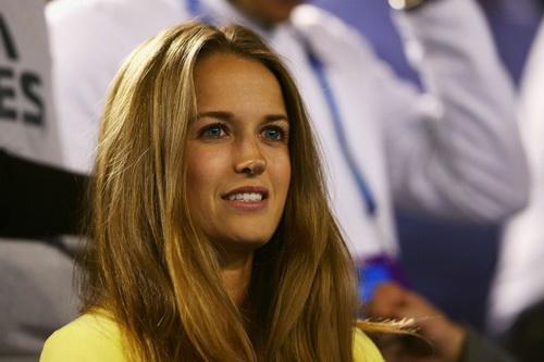 Kim Sears có mặt trong mọi hoạt động quần vợt của Murray