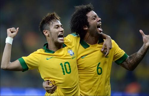 Neymar được gọi dù vừa bình phục chấn thương trong khi Marcelo thi không