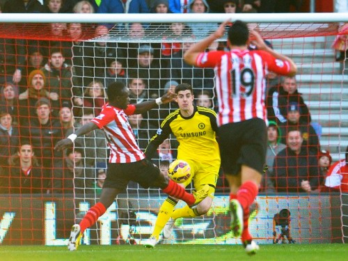 Mane mở tỉ số cho Southampton