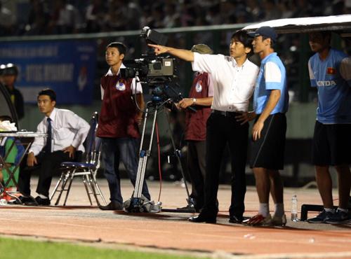 HLV người Nhật Miura có màn ra mắt tuyển Việt Nam thành công với chiến thắng đậm đà trong trận giao hữu với Myanmar