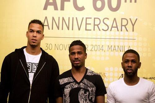Al Shamrani (giữa) cùng hai ứng viên cho danh hiệu Cầu thủ xuất sắc nhất châu Á