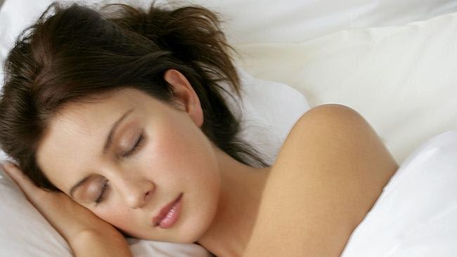 Chloe Glasson bị chứng ngủ rũ - Ảnh News.com.au