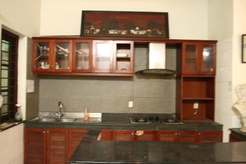 Khu vực nhà bếp trước cải tạo.