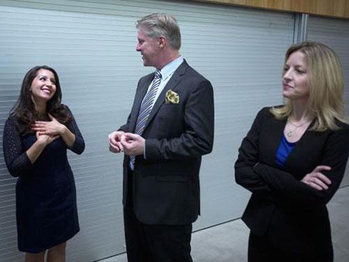 Ba diễn viên vào vai Monica Lewinsky, Bill Clinton và Hillary Clinton (từ trái sang) trong vở nhạc kịch Nguồn: Reuters