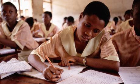 Học sinh Nigeria. Ảnh: Guardian