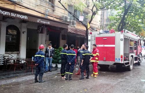 Quán cà phê Hoa Lan, nơi xảy ra vụ cháy nổ khiến thực khách hoảng loạn tháo chạy