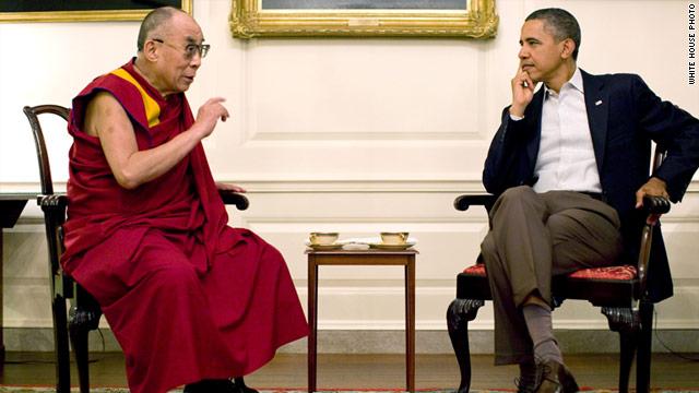 Tổng thống Obama tiếp Đạt Lai Lạt Ma vào tháng 7-2011. Ảnh: White House
