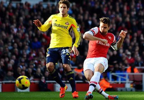 Giroud trở lại, lập cú đúp bàn thắng cho Arsenal
