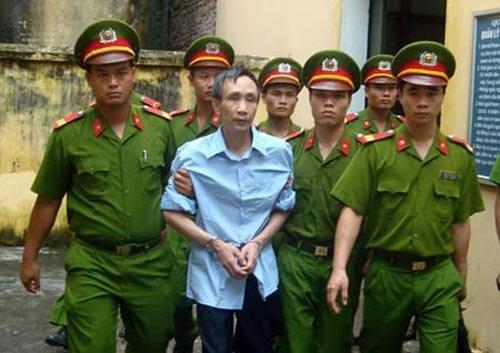 Dù còn nhiều mâu thuẫn trong căn cứ kết tội, nhưng trải qua 5 phiên tòa xét xử, ông Hàn Đức Long vẫn bị kết tội tử hình.