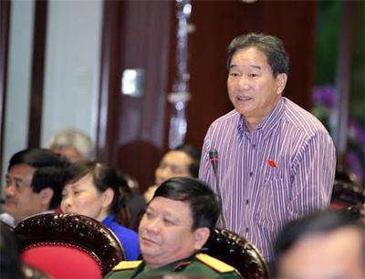 Đại biểu Nguyễn Bá Thuyền cho rằng chính trị, tiền bạc, tình cảm đi vào tòa án thì công lý sẽ giảm đi