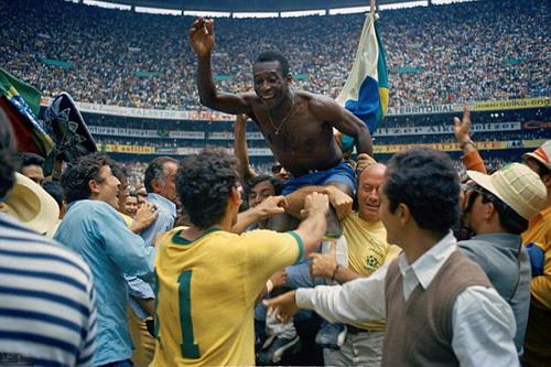 Pele và đội tuyển Brazil đăng quang ở World Cup 1970