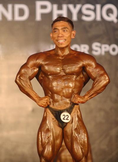 Phạm Văn Mách bốn lần vô địch thế giới