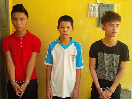 Ba đối tượng cướp giật tài sản của du khách bị công an bắt giữ