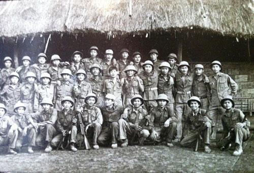 Tân binh Xuân Lộc lúc ở quân trường Đoàn 778 năm 1984. (Ảnh do tác giả cung cấp)