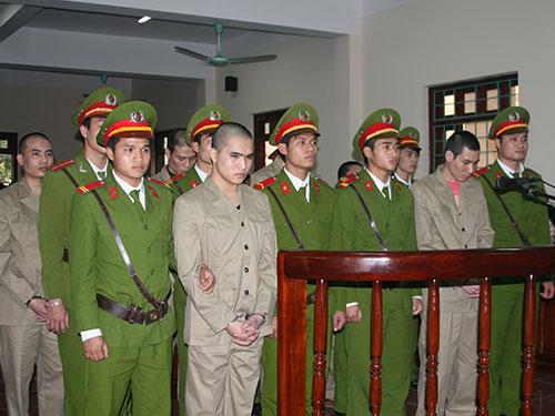 Các bị cáo tại phiên tòa phúc thẩm ngày 6-3