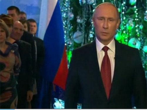 Ông Putin tuyên bố tiêu diệt khủng bố trong thông điệp gửi tới người dân nước Nga nhân dịp năm mới trong đêm Giao thừa. Ảnh: Reuters