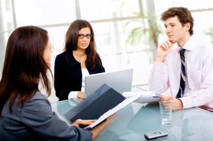 Để nhanh chóng tiếp cận nhà tuyển dụng thì hồ sơ của bạn phải khác biệt (Ảnh: Internet)