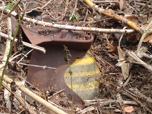 Quả bom vẫn nằm trơ trơ sau 8 tháng bị phát hiện