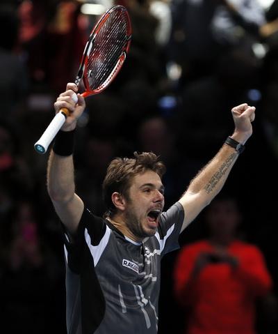 Wawrinka chờ đồng hương Federer ở bán kết