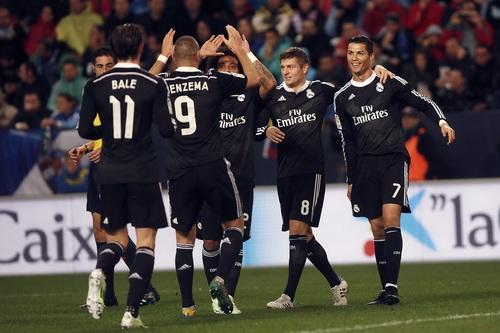 Niềm vui của Real trong ngày lập kỷ lục 16 trận thắng liên tiếp