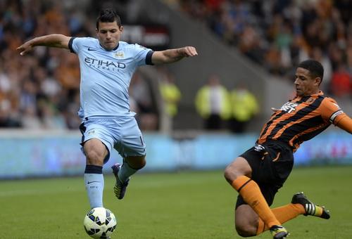 Sergio Aguero khai thông thế bế tắc cho Man City