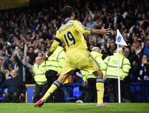 Costa sau bàn mở tỉ số phút đầu tiên