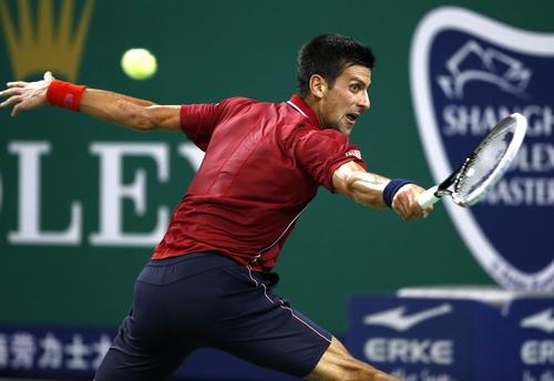 Djokovic phô diễn phong độ và bản lĩnh cực tốt