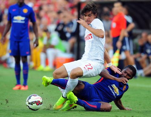 Valencia truy cản pha tấn công của Dodo