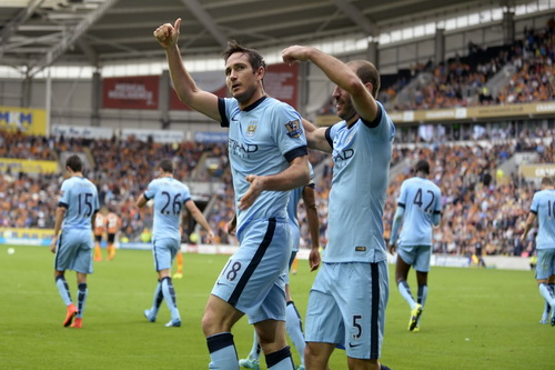 Lampard tỏa sáng ở Man City
