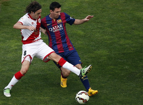 Messi tiến sát kỷ lục ghi bàn ở La Liga