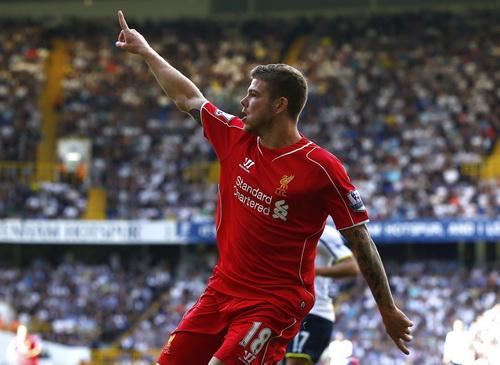Moreno lập công chuộc lỗi bằng bàn thắng đẹp mắt phút 60