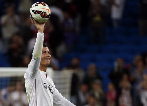 Niềm vui Ronaldo với 4 bàn thắng ghi vào lưới Elche