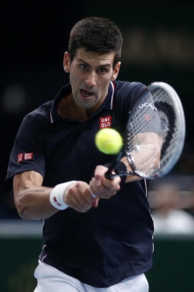 Novak Djokovic ung dung hướng tới vị trí số 1