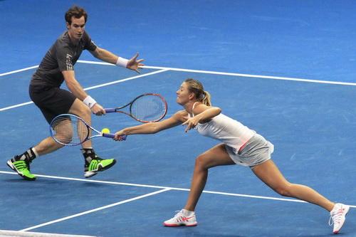 Andy Murray lần đầu đánh đôi với Maria Sharapova