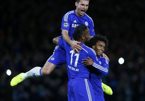 Voi rừng Drogba lại ghi bàn trong màu áo Chelsea