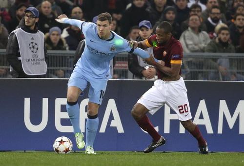 Man City nhập cuộc vất vả trước chủ nhà Roma