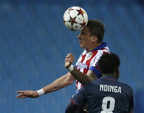 Mandzukic ghi hat-trick cho Atletico