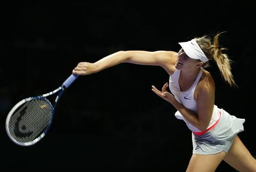 Sharapova thất thế trước Kvitova