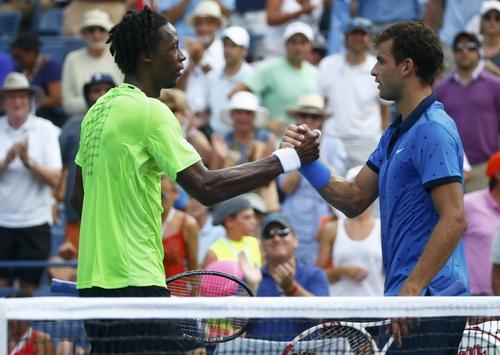 Tiểu Federer Dimitrov gác vợt trước Gael Monfils